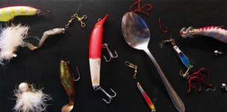 How to make home made lures out of household items