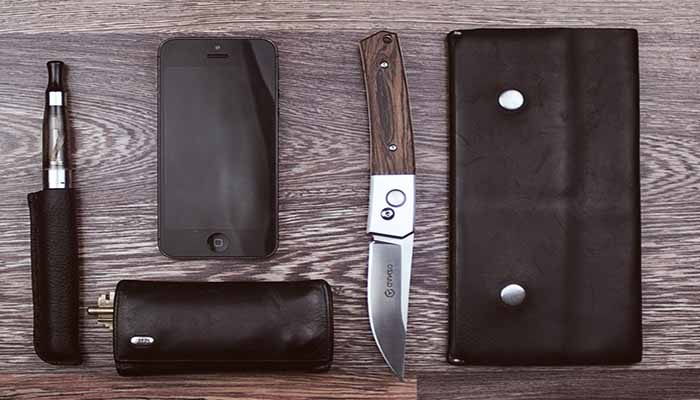 7 Survival Tactical Knives that you will need to Combat the Wild.